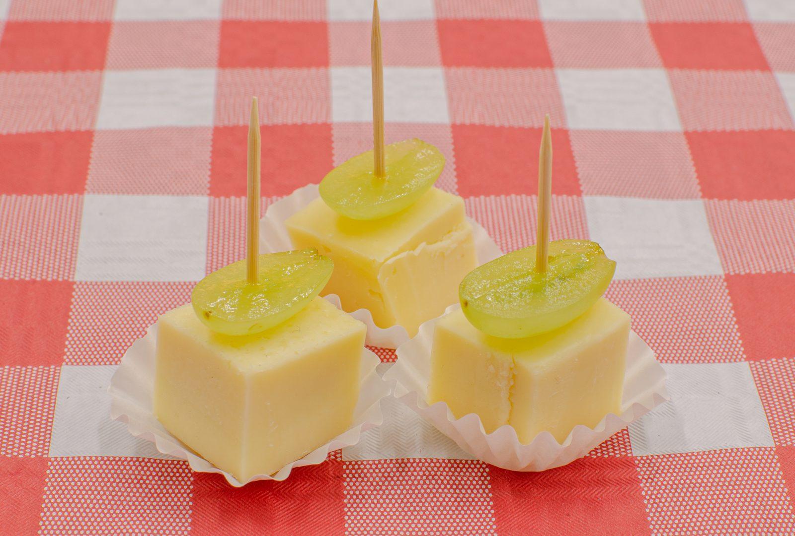 kaas-met-ananas